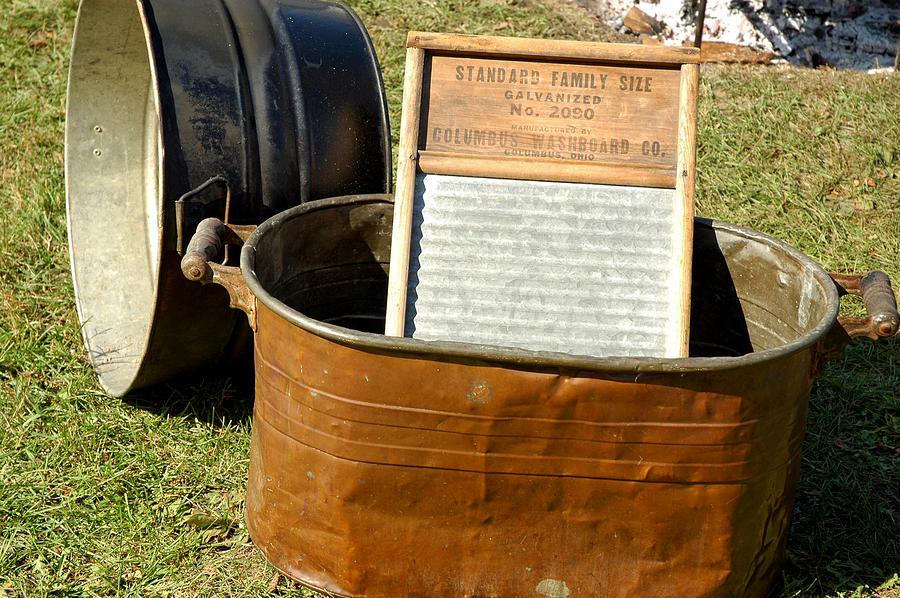 vintage-copper-wash-tub-leeann-mclane-goetz